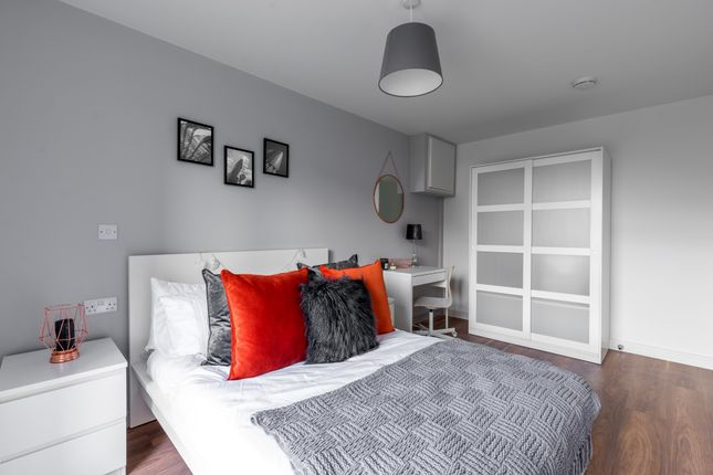 Thumbnail Flat to rent in Wolstenholme Square, Liverpool, Merseyside