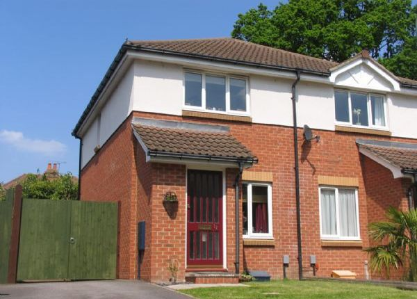 Thumbnail Semi-detached house to rent in The Glade, Mytchett, Camberley