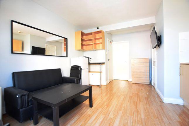 Thumbnail Flat to rent in Southampton Street, Reading, Berkshire
