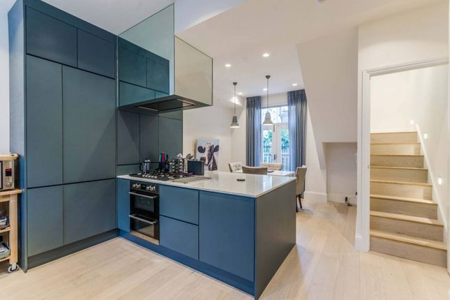 Thumbnail Property to rent in St Peters Street, Angel, London