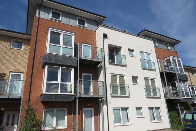 Thumbnail Flat for sale in Trent Place, Warwick