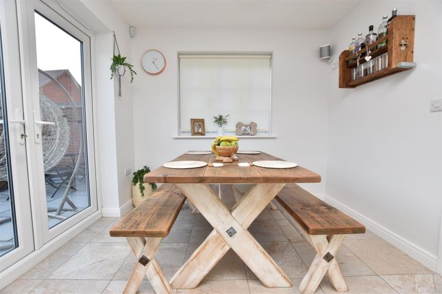 Dining Area of Welchman Close, Loughborough LE11