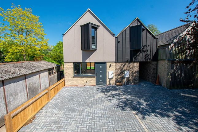 Thumbnail Semi-detached house for sale in Westland Terrace, North Street, Cambridge