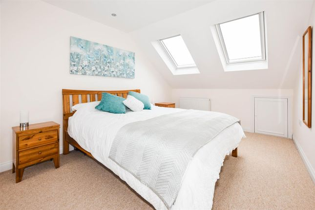 Thumbnail Maisonette for sale in Acre Road, Colliers Wood, London