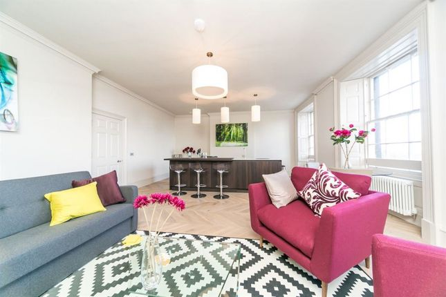 Thumbnail Flat to rent in Queen Street, New Town