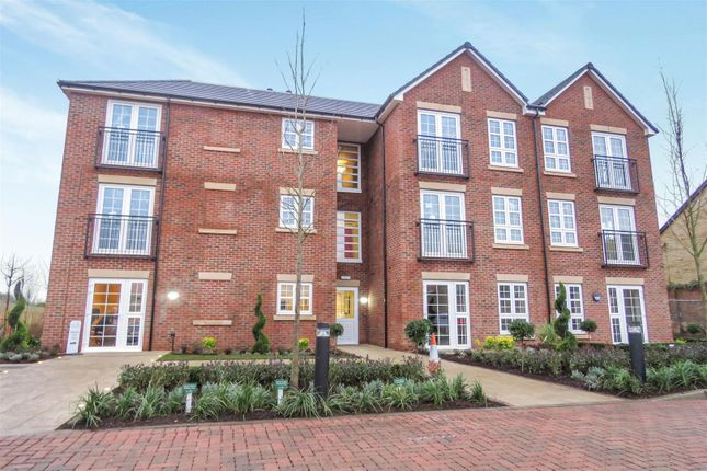 Thumbnail Flat for sale in The Beech, Parkland Place, Shortmead Street, Biggleswade