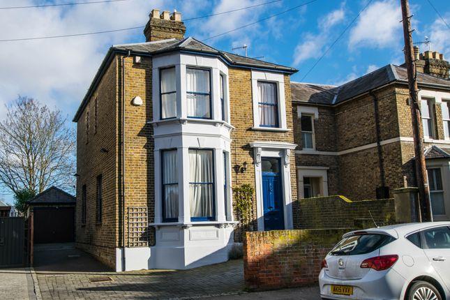 Thumbnail Detached house to rent in Cowbridge, Hertford