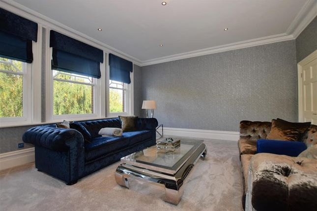 Thumbnail Flat for sale in Broomhill Road, Woodford Green, Essex