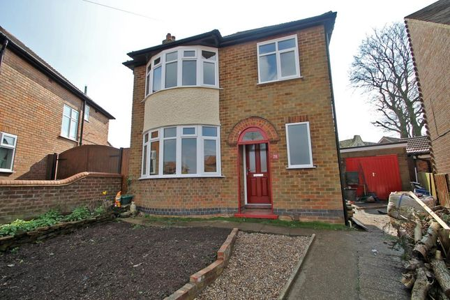 Thumbnail Detached house to rent in Langley Avenue, Arnold, Nottingham