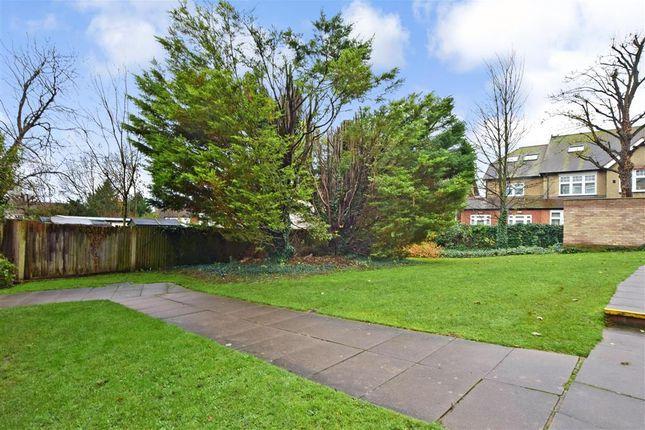 Communal Gardens of Cheam Road, Sutton, Surrey SM1