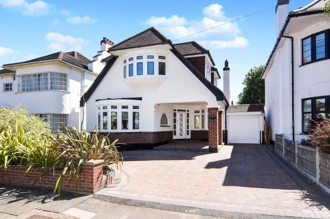 Thumbnail Detached house for sale in Gidea Park, Romford, Essex