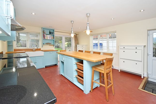 Thumbnail Detached house for sale in Hampstead Norreys Road, Hermitage, Thatcham