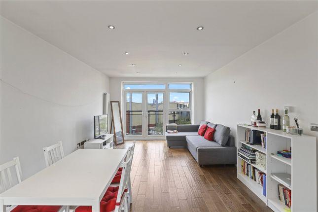 Living Room of Benyamin House, 19 Greenwich High Road, London SE10