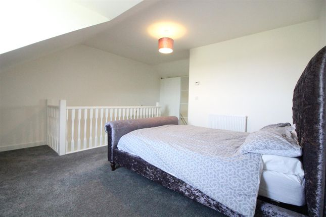 Master Bedroom of Coppice View, Hull HU3