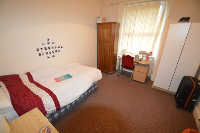 Thumbnail Flat to rent in Wood Road (First Floor Flat), Treforest, Pontypridd