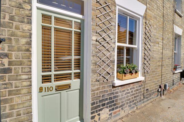 Thumbnail Terraced house for sale in Gwydir Street, Cambridge
