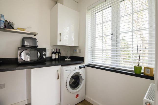 Utility Room of Marl Close, Ruddington, Nottingham NG11
