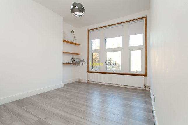 Thumbnail Duplex to rent in Bethune Road, London