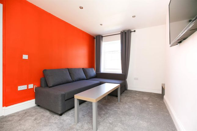 3 bed flat to rent in St James Street, City Centre NE1