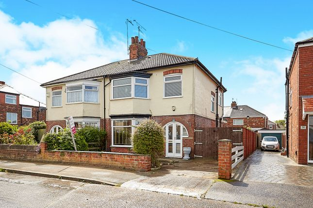 Thumbnail Semi-detached house for sale in Strathmore Avenue, Hull