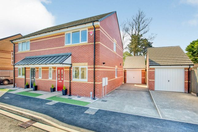 Thumbnail Semi-detached house for sale in Station Road, Crewkerne