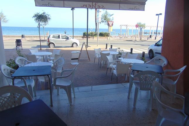 Thumbnail Restaurant/cafe for sale in Seafront, Fuengirola, Málaga, Andalusia, Spain