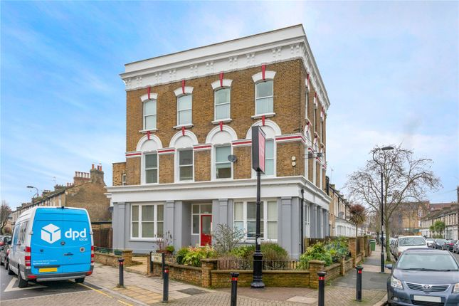 3 bed flat for sale in Monson Road, London SE14