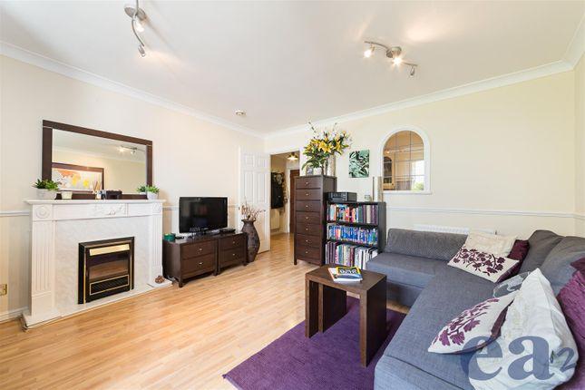 Lounge (B) of Hermitage Waterside, Wapping, London E1W