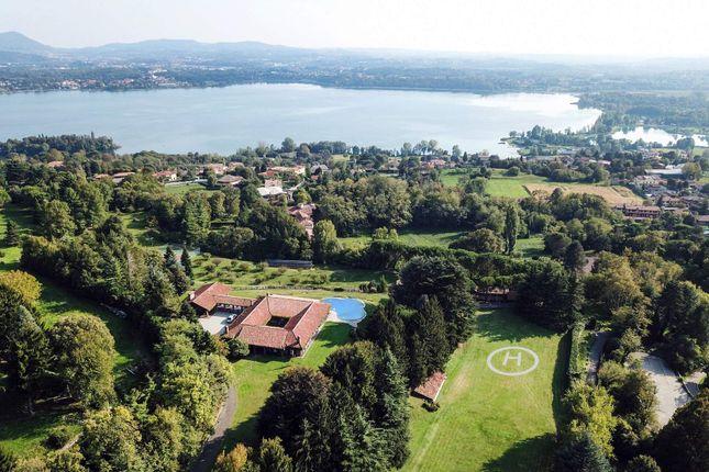 Thumbnail Town house for sale in Via Per Erba, 22030 Corneno-Galliano-Carella Mariaga Co, Italy