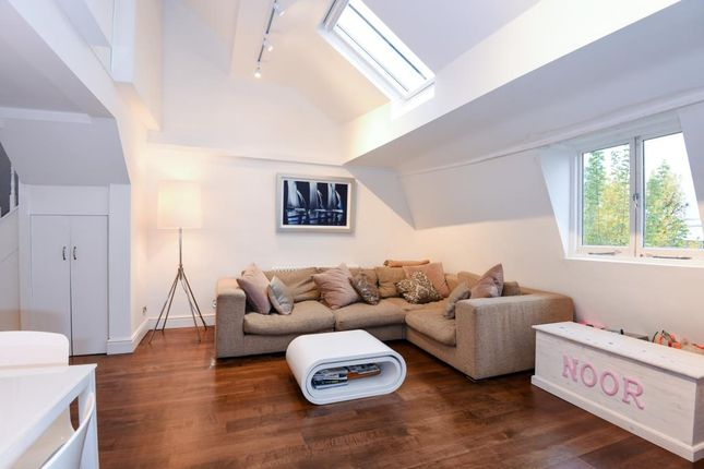 3 bed flat for sale in South Hill Park, South End Green