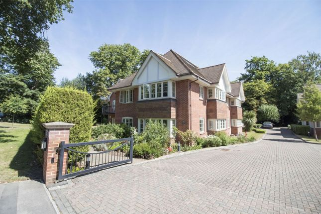 Thumbnail Flat for sale in Reading Road South, Church Crookham, Fleet