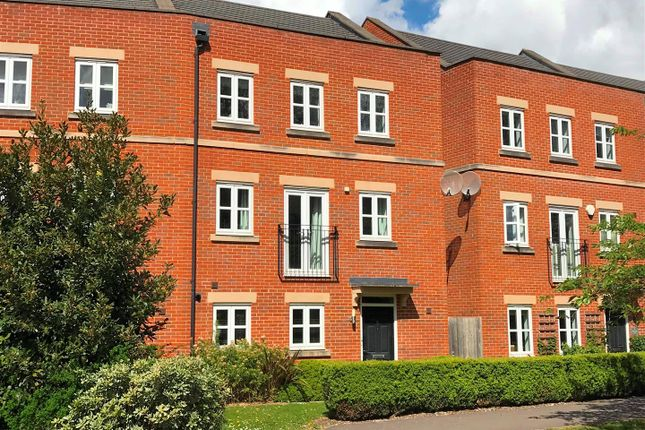 Thumbnail Semi-detached house for sale in Racecourse Road, Newbury