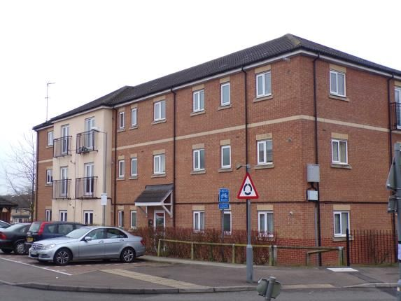 Thumbnail Flat for sale in Laindon, Basildon, Essex