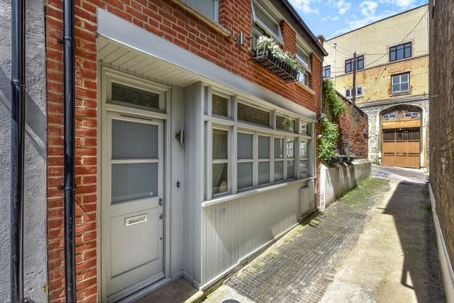 Thumbnail Terraced house for sale in Wembury Mews, Highgate, London