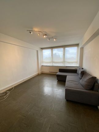 Thumbnail Flat to rent in Stanway Court, Geffrye Estate, Hoxton, London