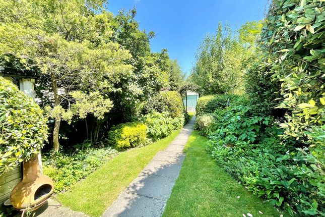 3 bed semi-detached house for sale in Rowden Road, Chippenham SN15
