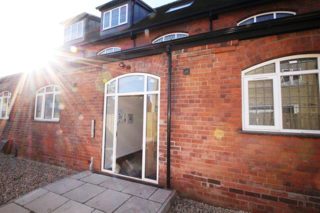 Thumbnail Flat for sale in Southcoates Lane, Hull