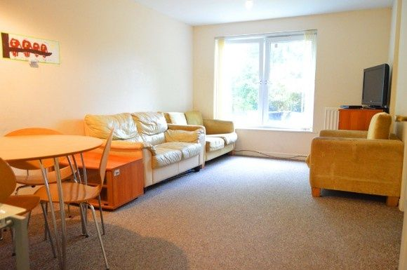 Thumbnail Flat to rent in Catherine House, Scholars Court, Stoke-On-Trent