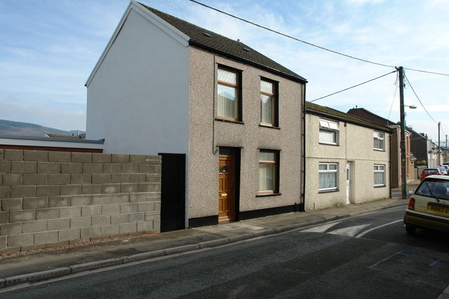 Thumbnail End terrace house to rent in Brook Street, Aberdare