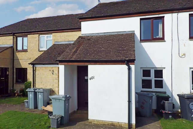 Thumbnail Semi-detached house to rent in Manor Road, Witney, Oxfordshire