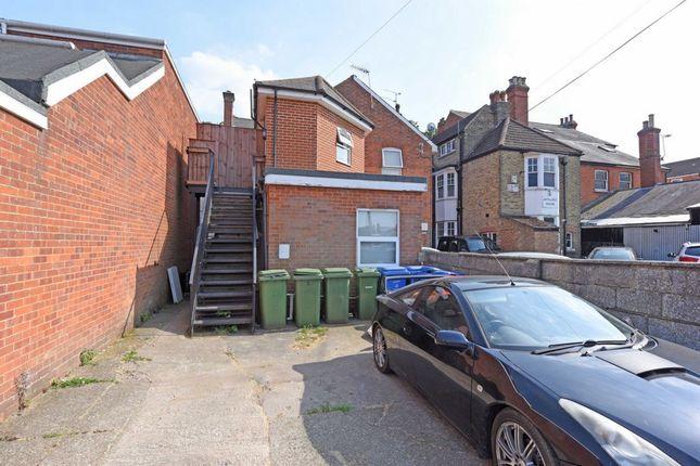 Thumbnail Maisonette for sale in Lynchford Road, Farnborough