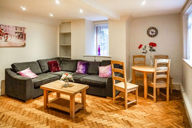Thumbnail Shared accommodation to rent in Tapton House Road, Sheffield