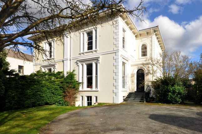 Flat for sale in Pittville, Cheltenham, Gloucestershire