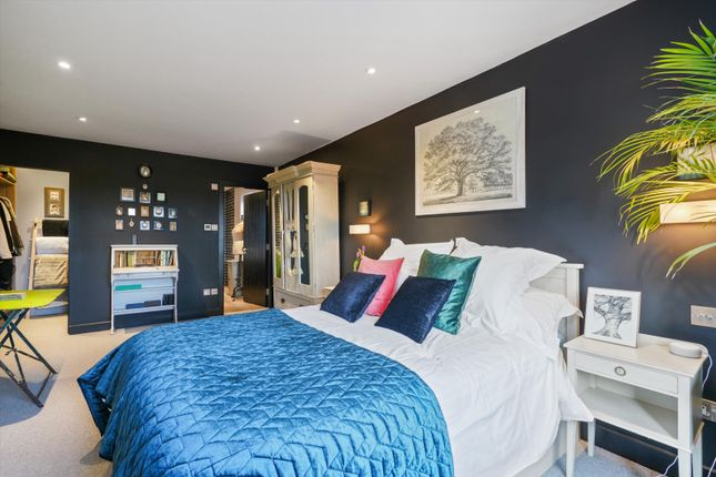 Image of Matham Road, East Molesey, Surrey KT8
