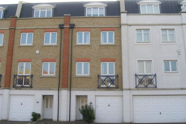 Thumbnail Town house to rent in The Piazza, Eastbourne