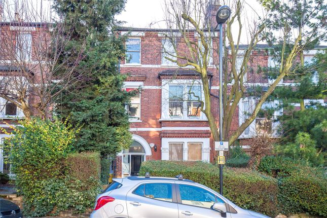 2 bed flat for sale in Blythwood Road, Stroud Green, London