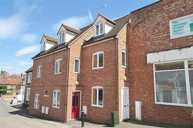 Thumbnail Terraced house to rent in Picketts Mews, Grove Street, Wantage