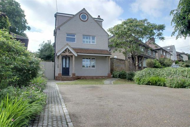 Thumbnail Detached house for sale in Woodlands Avenue, Berkhamsted, Hertfordshire