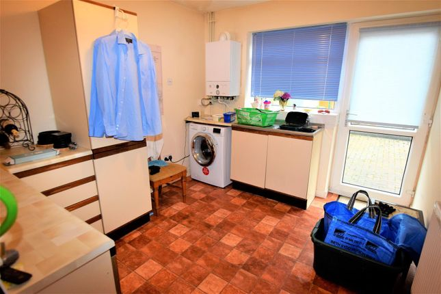 Utility Room of Conway Drive, Barry CF62