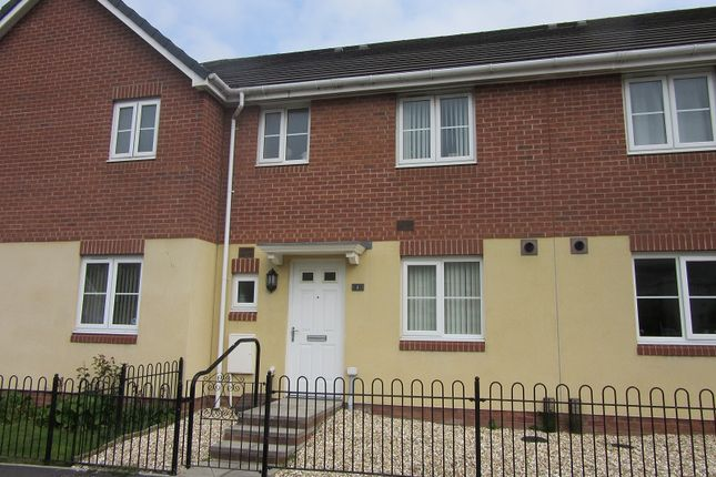 3 bedroom terraced house to rent in Heol Y Gors, Townhill, Swansea